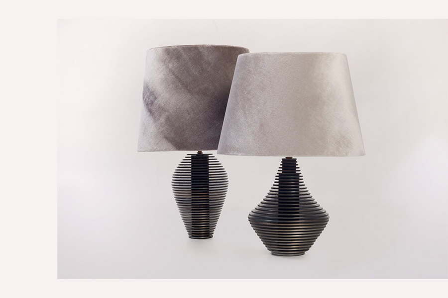 disk table <br> lamp