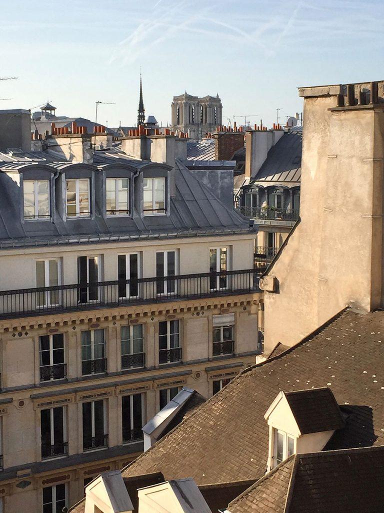 harry-clark-Farben-Blick-über-die-Dächer